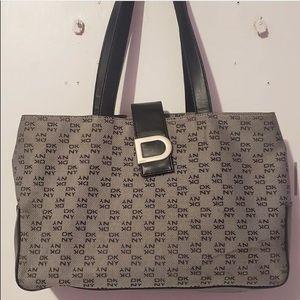 🌸DKNY Grey & Black Printed Logo Monogram Hand Bag